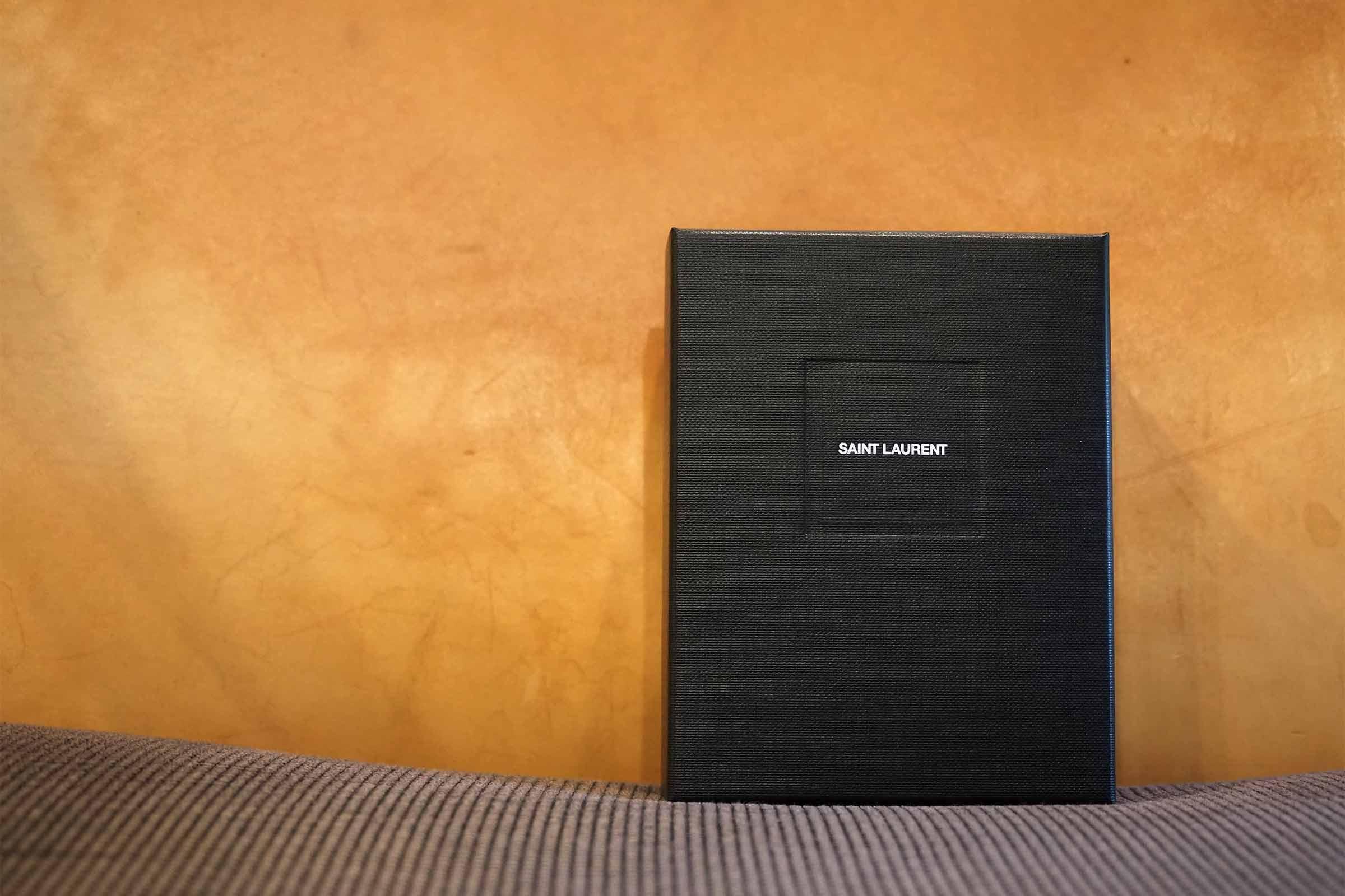 財布,サンローラン,メンズ,レディース,三つ折り,ミニマル,小さい,コンパクト,箱
