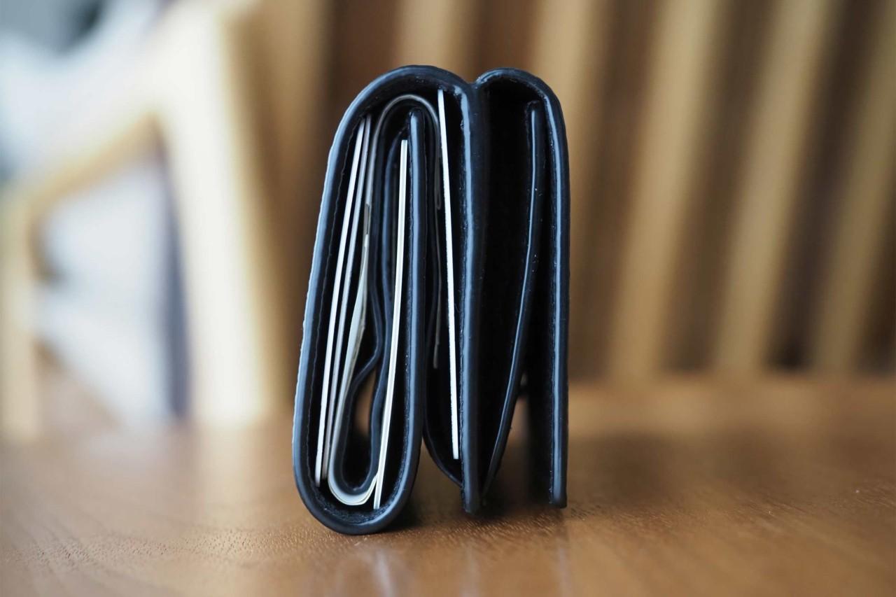 財布,サンローラン,メンズ,レディース,三つ折り,ミニマル,小さい,コンパクト,おすすめ
