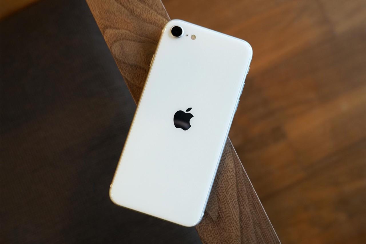 iPhone SE2,スマホ,apple,機種変,買い替え,メリット,軽い