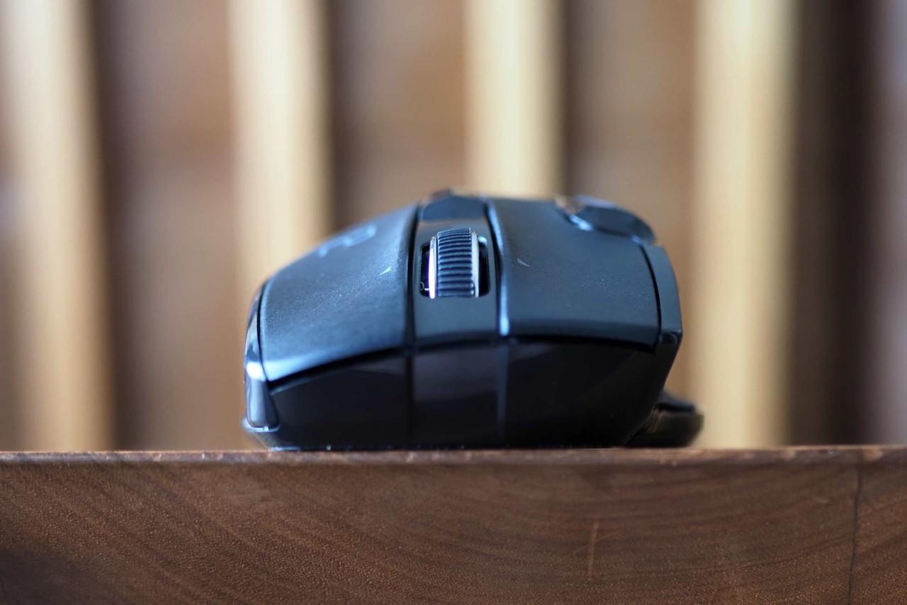 ワイヤレスマウス,エレコム,ビジネス,Bluetooth,チルト,機能割り当て,疲れにくい,持ちやすい,大きい