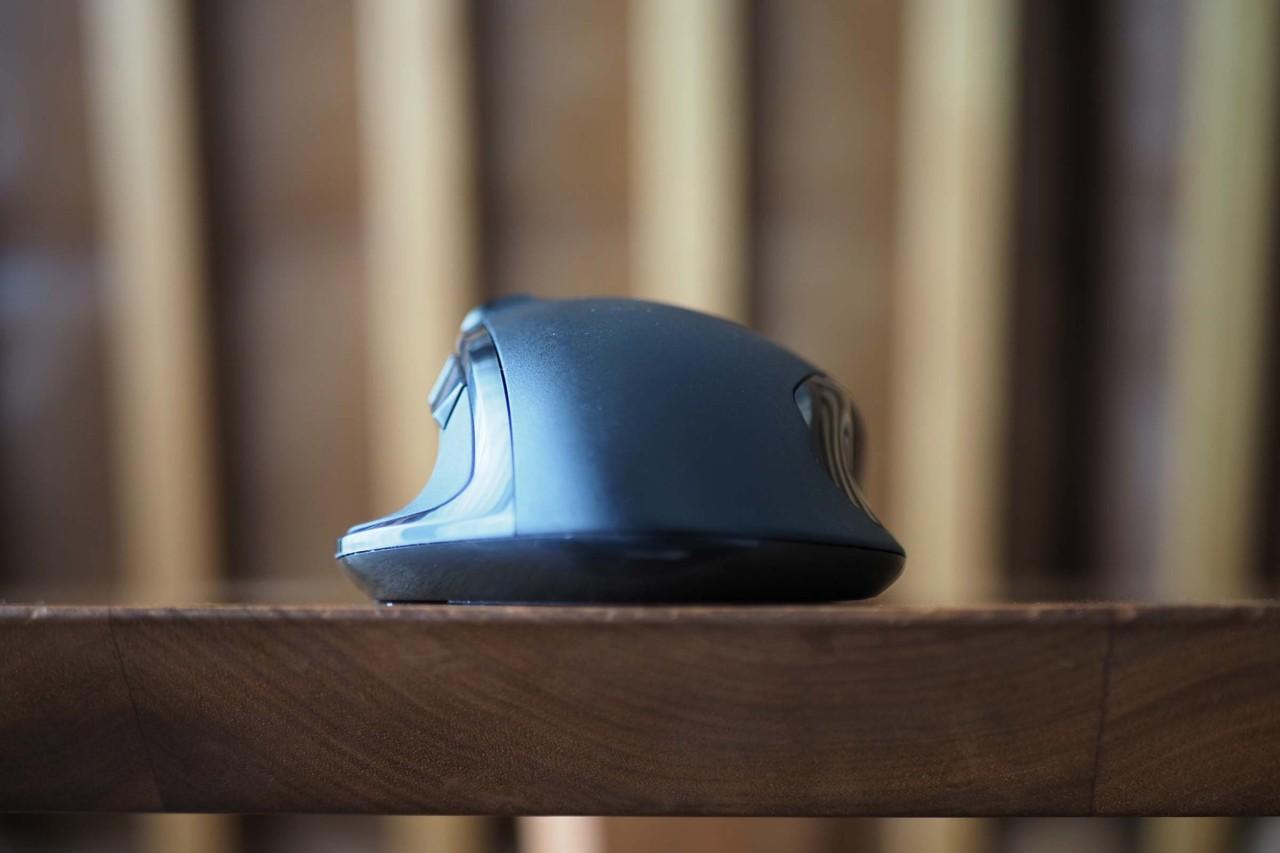 ワイヤレスマウス,エレコム,ビジネス,Bluetooth,チルト,機能割り当て,疲れにくい,持ちやすい,ボタン