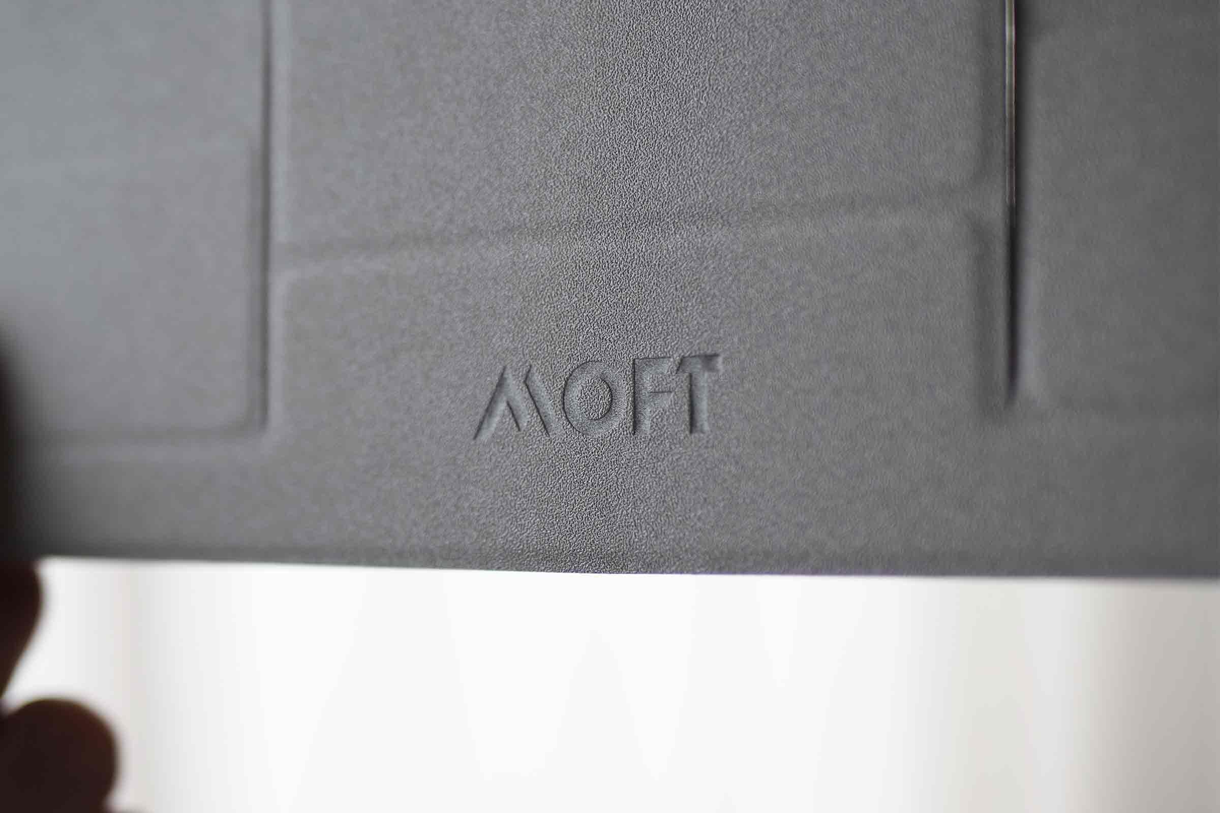 moft,MOFTmini,PCスタンド,パソコンスタンド,クラウドファンディング,薄い,安い,コスパ,パソコン