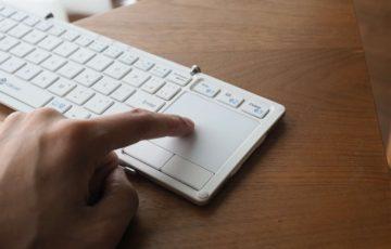 iclever,Bluetoothキーボード,iPad,iPad mini,コンパクト,薄い,安い,タッチパッド,軽い,マウス