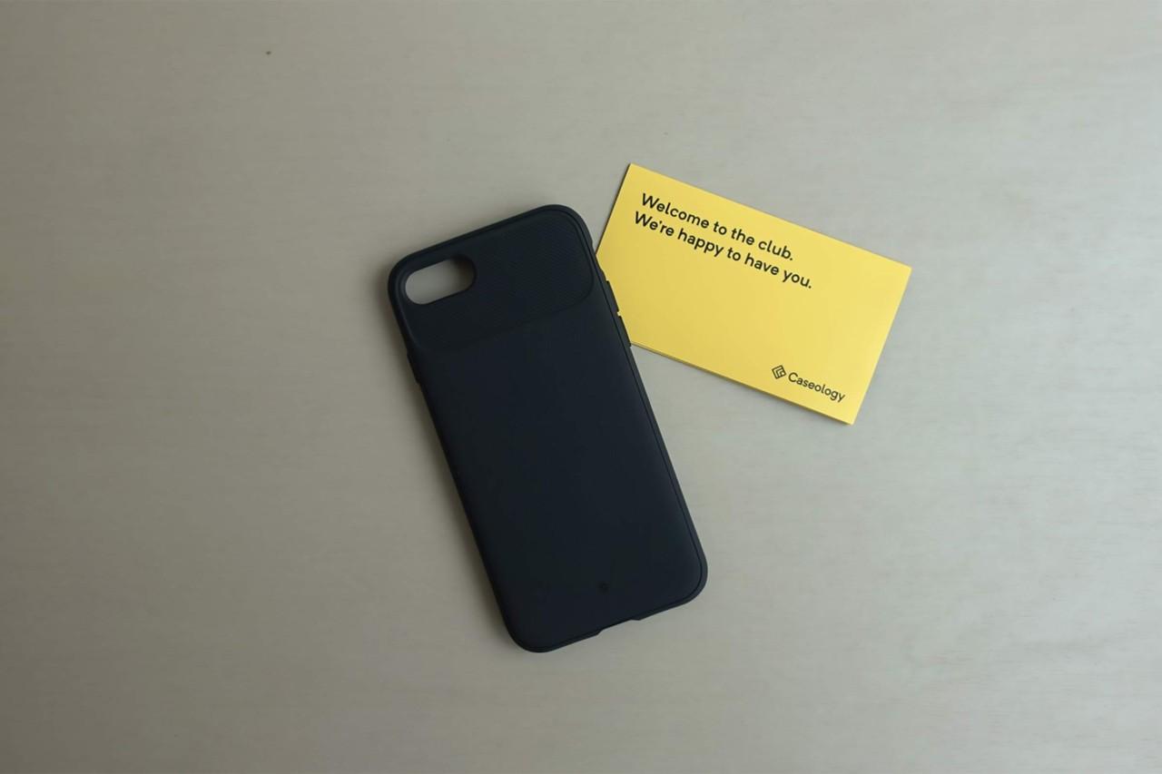 iPhoneケース,スマホケース,iPhone SE2,ヴォールト,黒,安い,コスパ,ミニマル