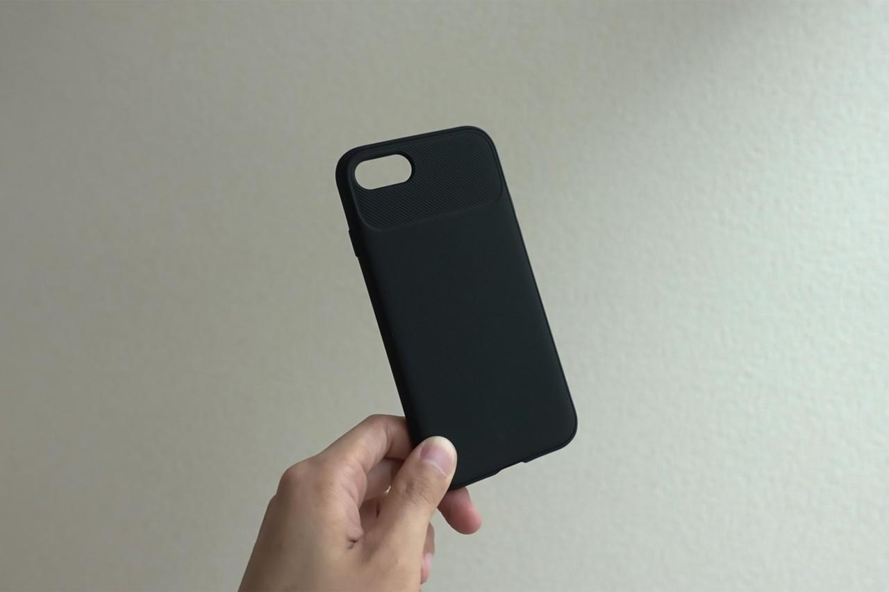 iPhoneケース,スマホケース,iPhone SE2,ヴォールト,黒,安い,コスパ,スタイリッシュ