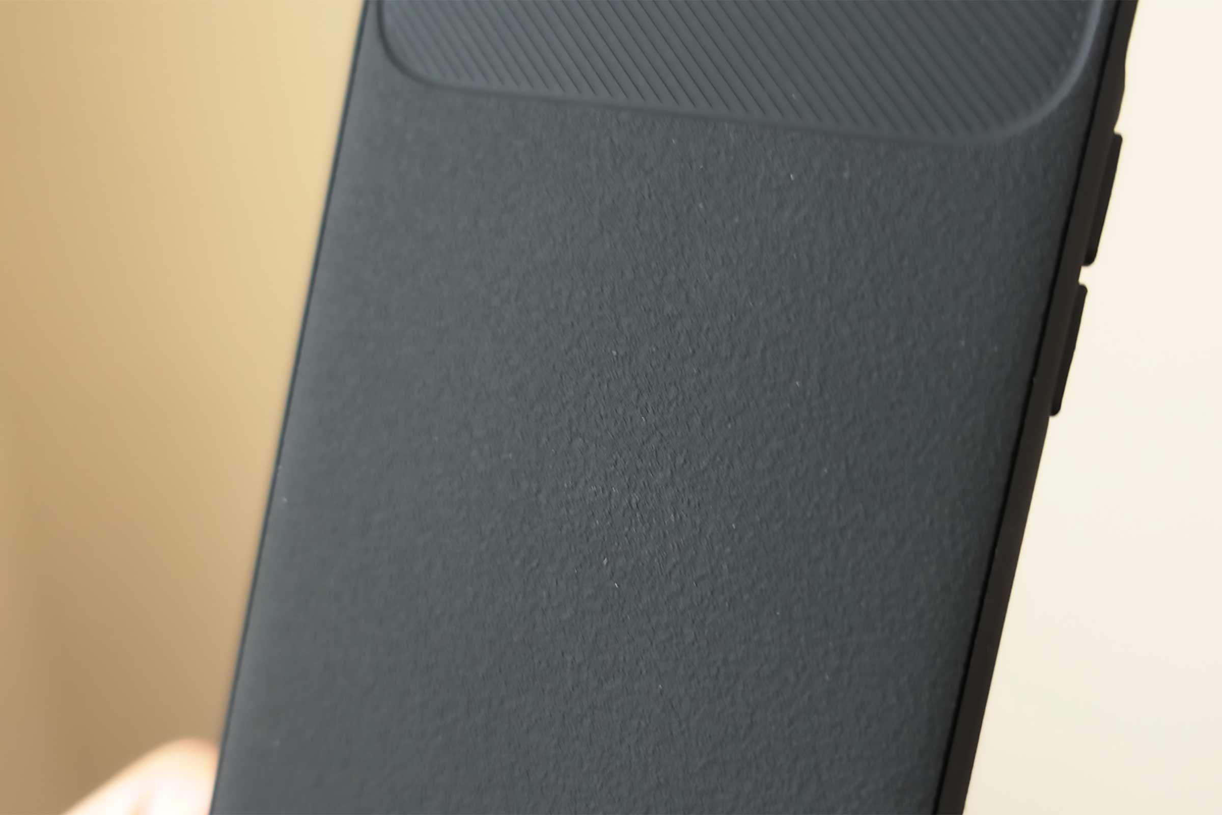iPhoneケース,スマホケース,iPhone SE2,ヴォールト,黒,安い,コスパ,高級感