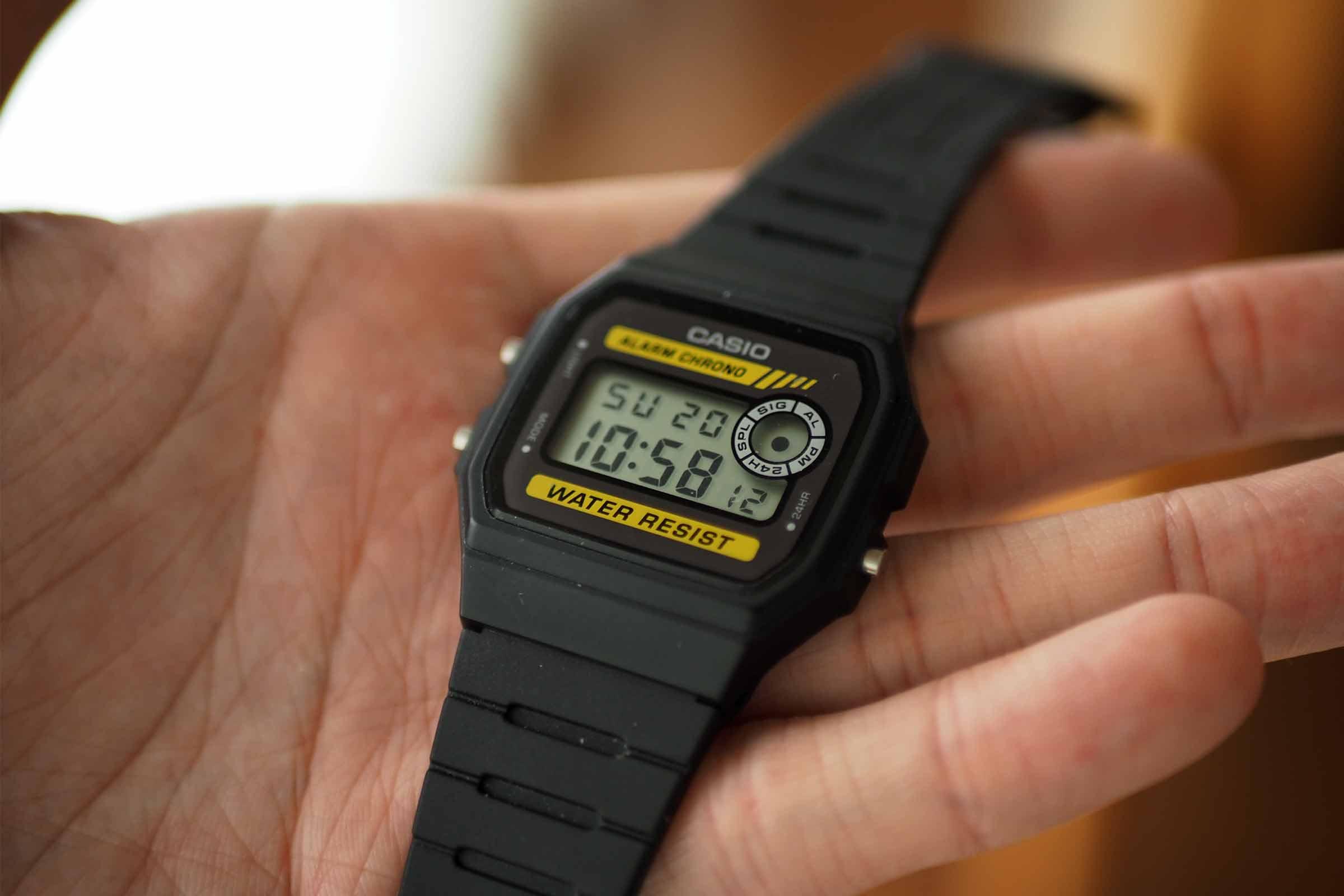 腕時計,カシオ,casio,お洒落,安い,かっこいい,可愛い