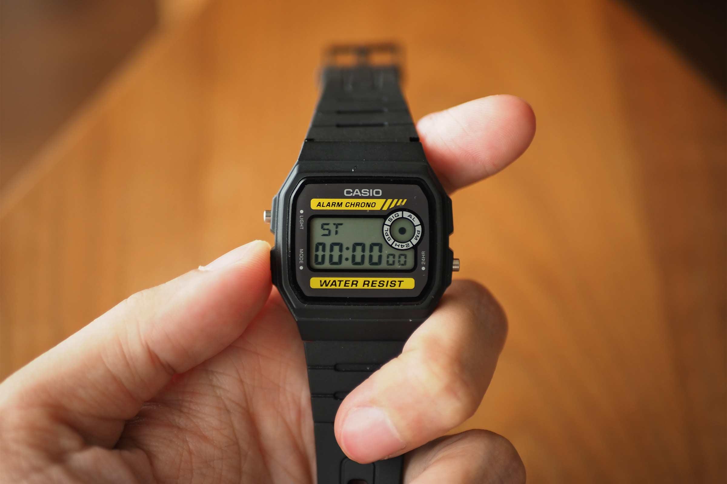 腕時計,カシオ,casio,お洒落,安い,かっこいい,ストップウォッチ