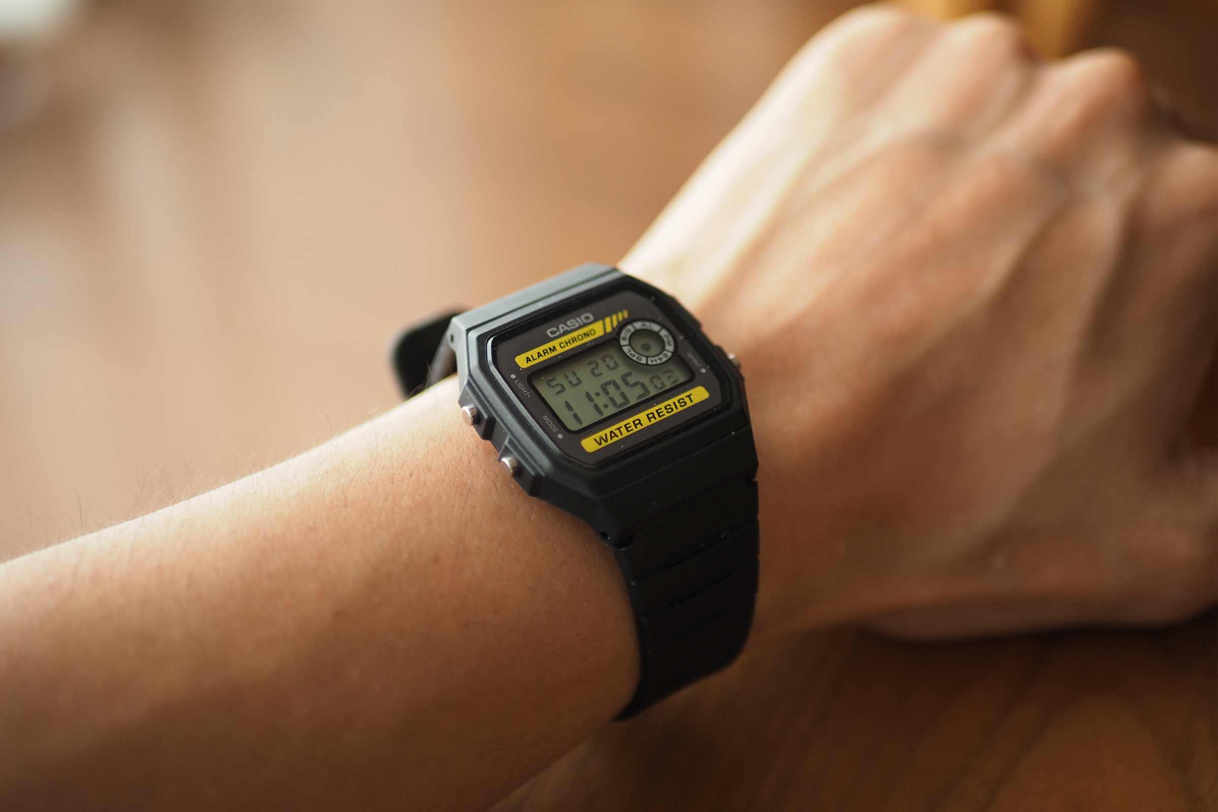 腕時計,カシオ,casio,お洒落,安い,かっこいい,仕事