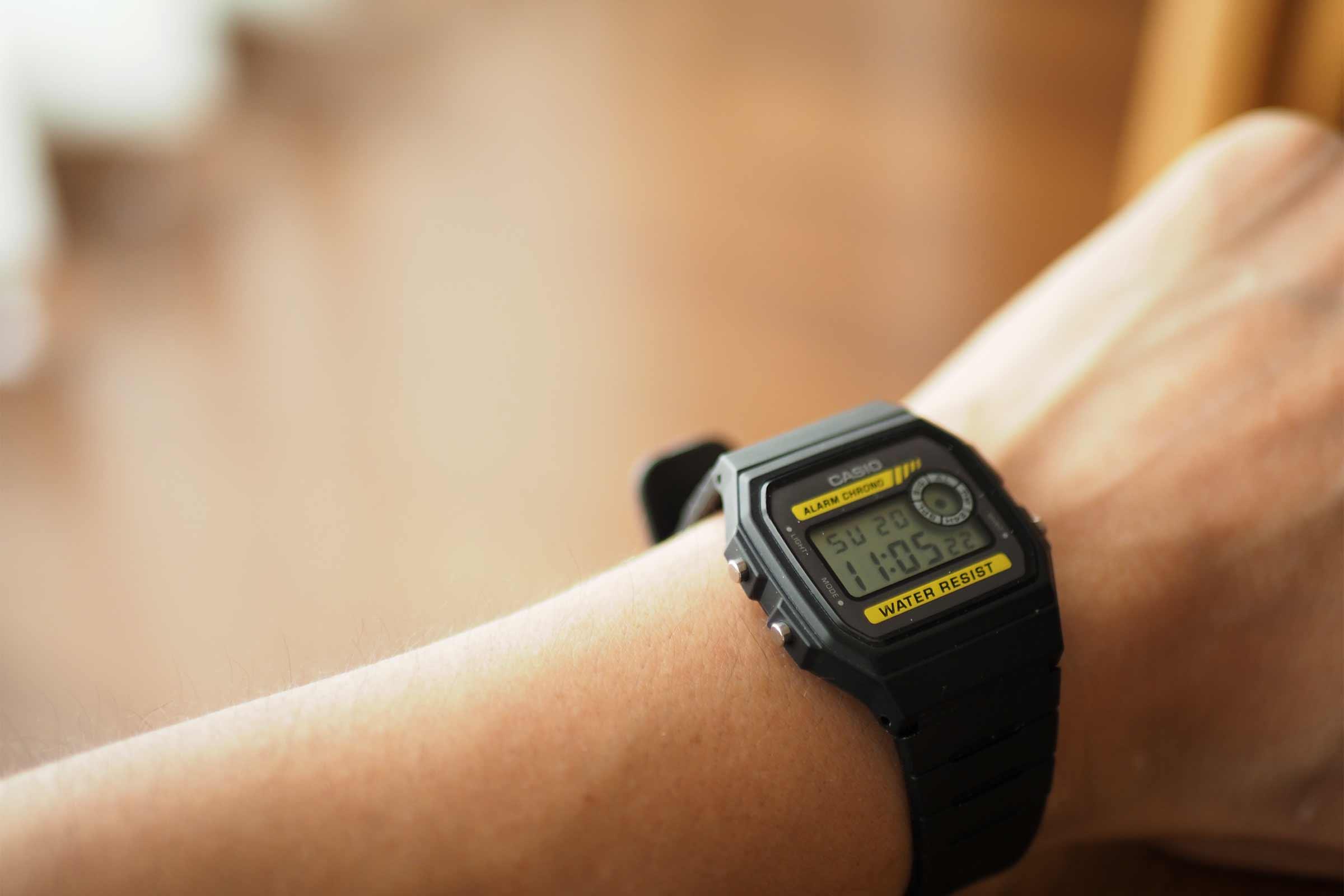 腕時計,カシオ,casio,お洒落,安い,かっこいい,ビジネス