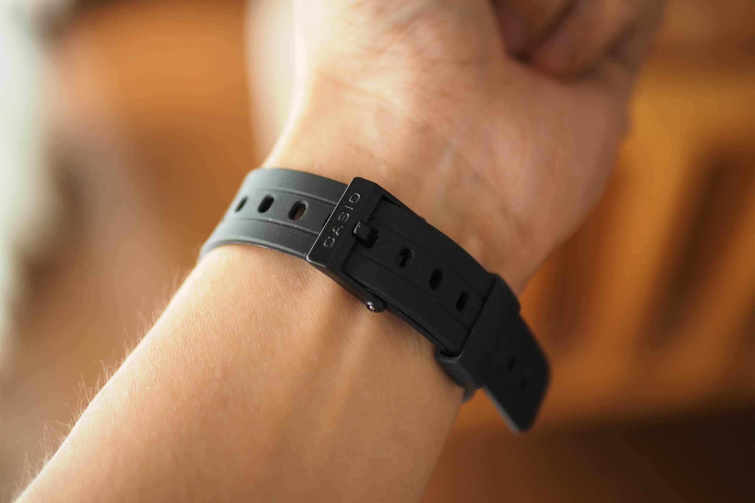 腕時計,カシオ,casio,お洒落,安い,かっこいい,ベルト