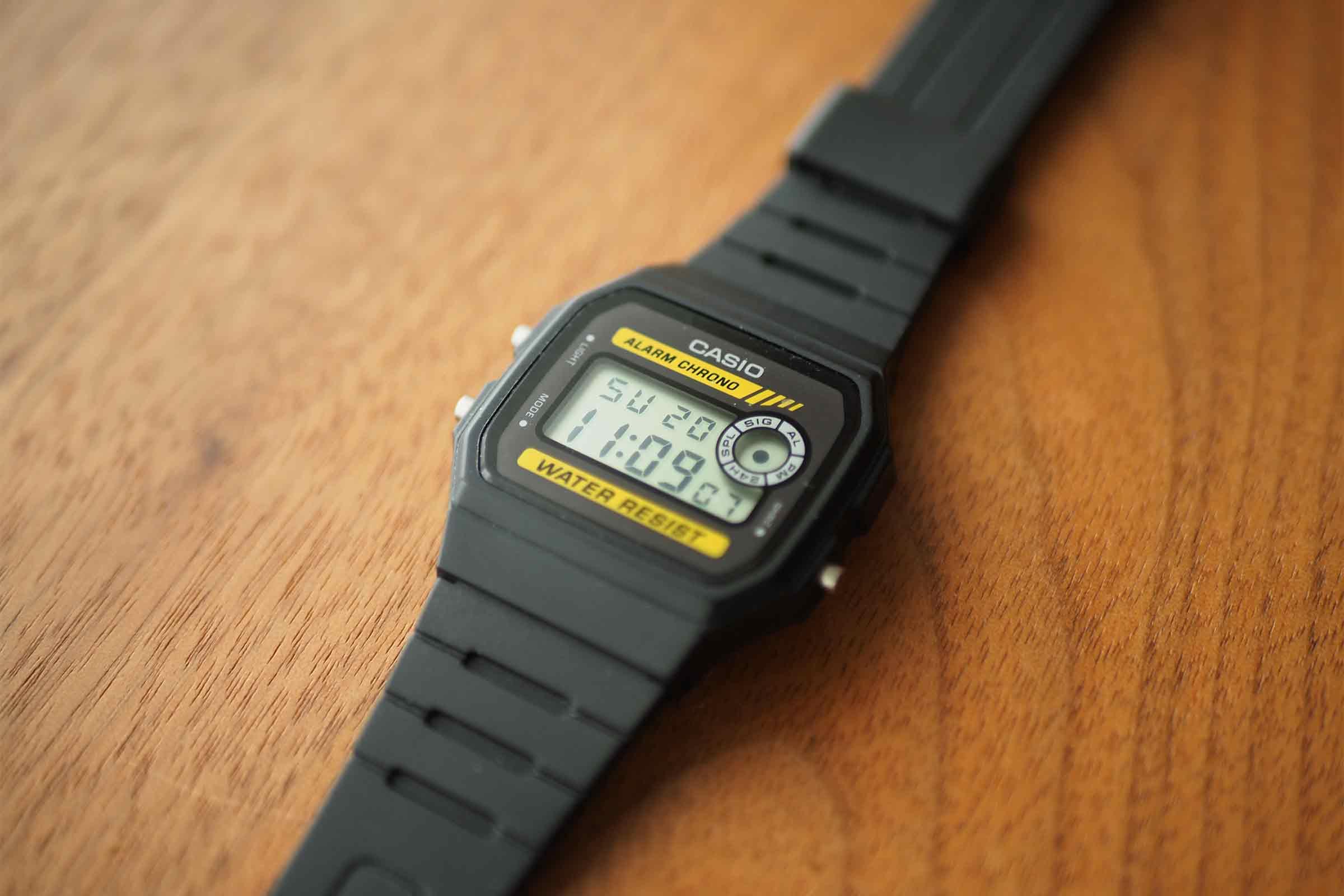腕時計,カシオ,casio,お洒落,安い,かっこいい,スタイリッシュ