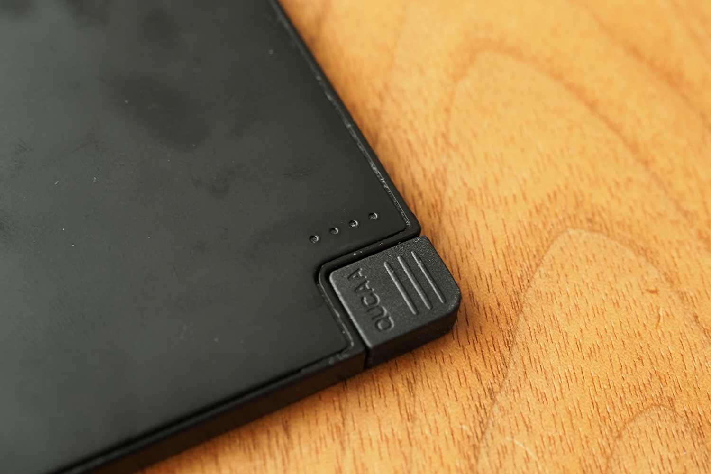 モバイルバッテリー,スマホ,軽量,薄い,小さい,コンパクト,安い