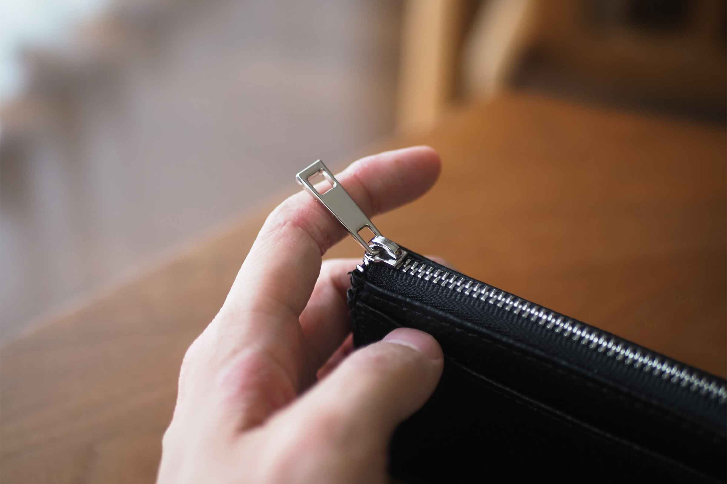 ミニ財布,リスキーモデル,risky,コンパクト,小さい,安い,コスパ,ファスナー