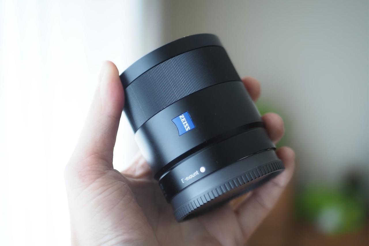 ソニー,sony,apsc,単焦点,24mm,f1.8,Zeiss,軽い