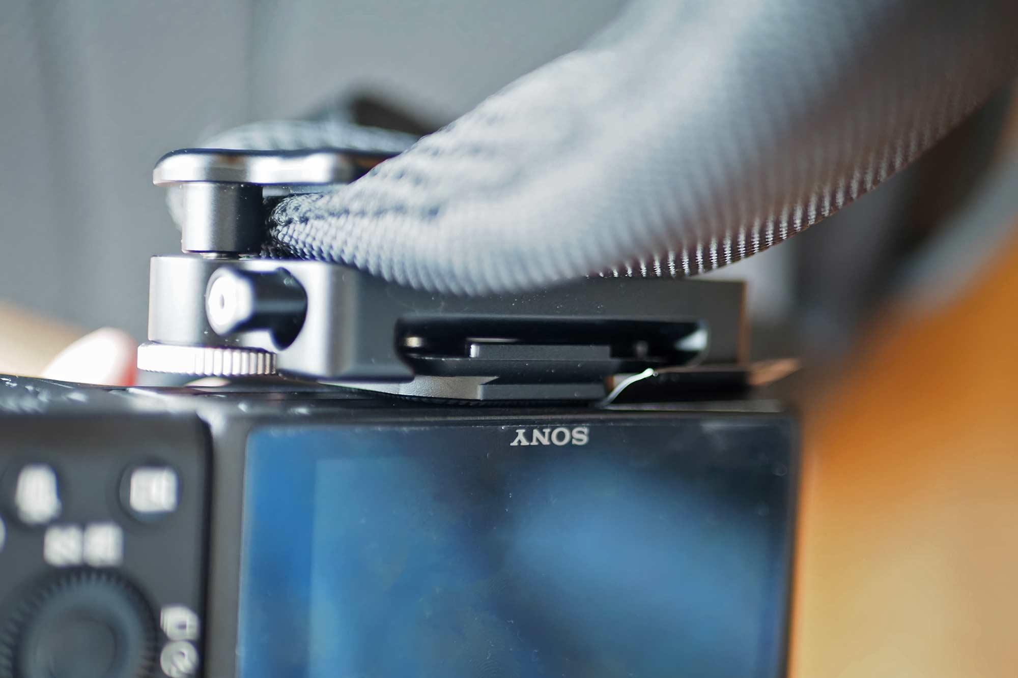 カメラホルスター,SWFOTO,ミラーレス一眼,一眼レフ,安い,コスパ,軽い,丈夫