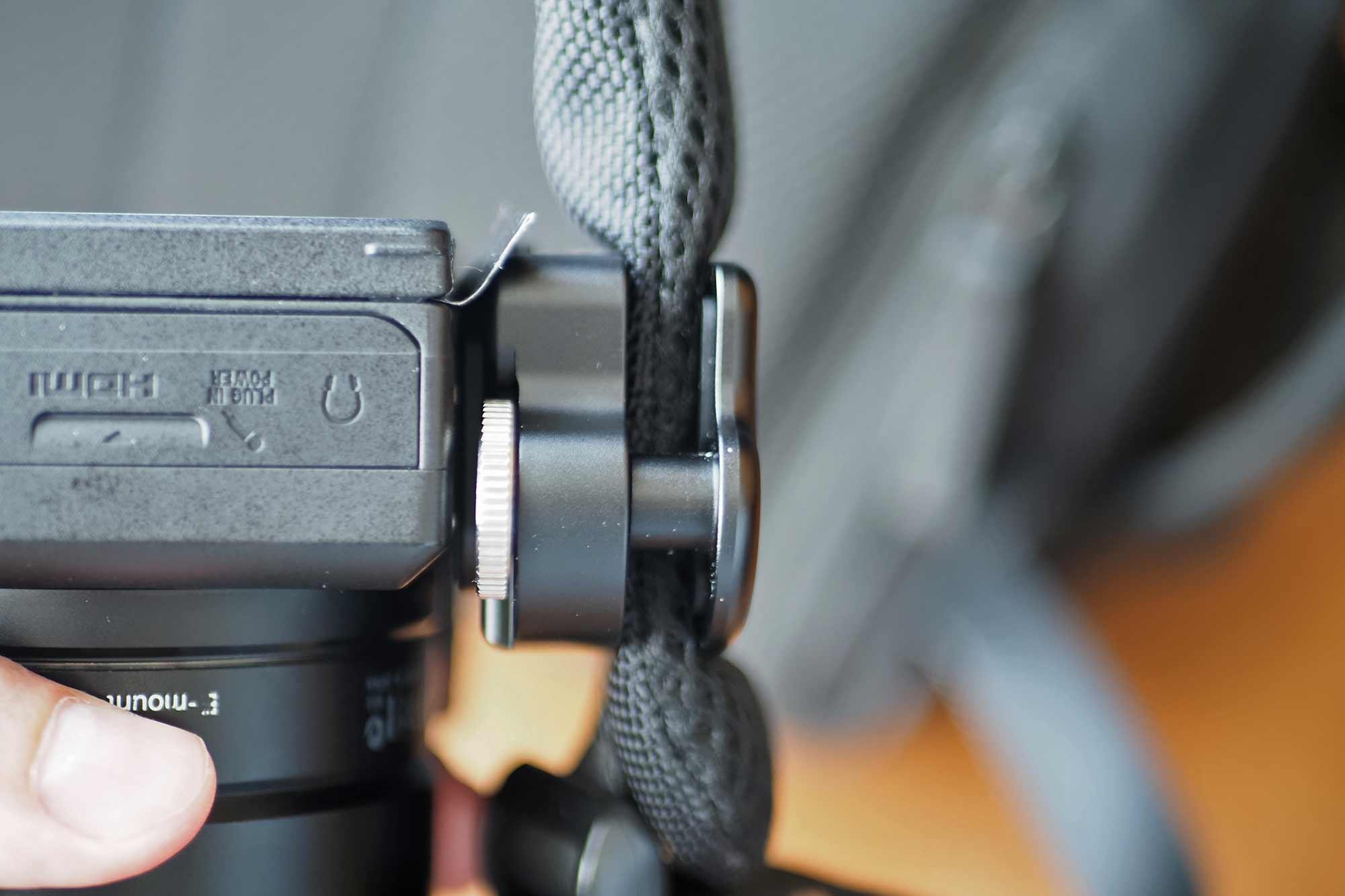 カメラホルスター,SWFOTO,ミラーレス一眼,一眼レフ,安い,コスパ,軽い,安価