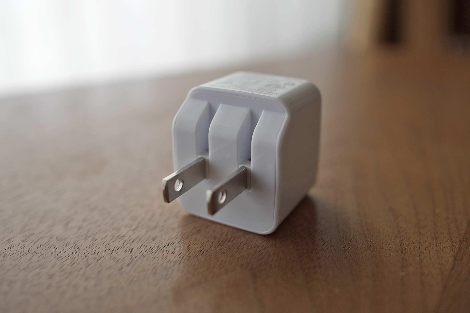 AUKEY,オーキー,充電器,急速充電,USB,2ポート,小型,軽量,折り畳み式