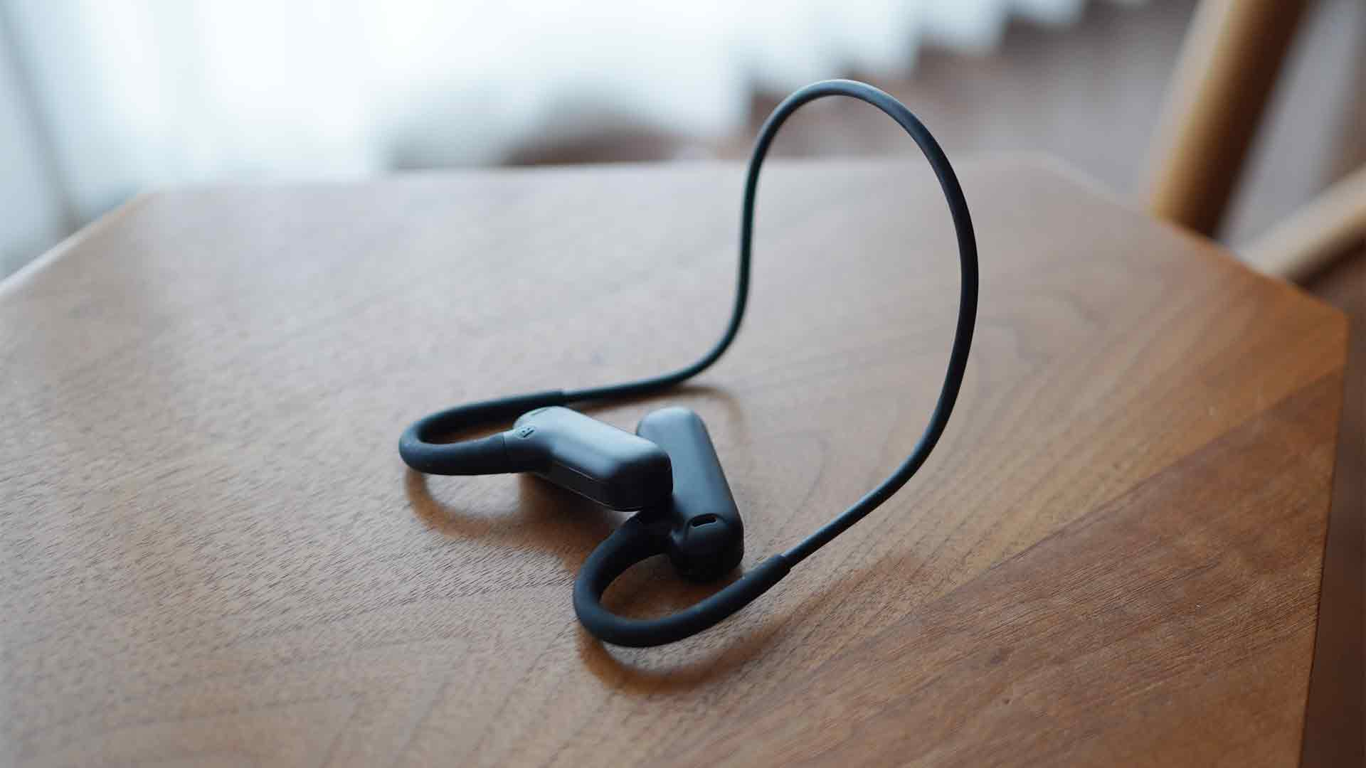 ucomx,bluetooth,ワイヤレスイヤホン,耳を塞がない,耳掛け式,耳が痛くならない,安い,ブルートゥース,防水,スポーツ,軽い,連続再生