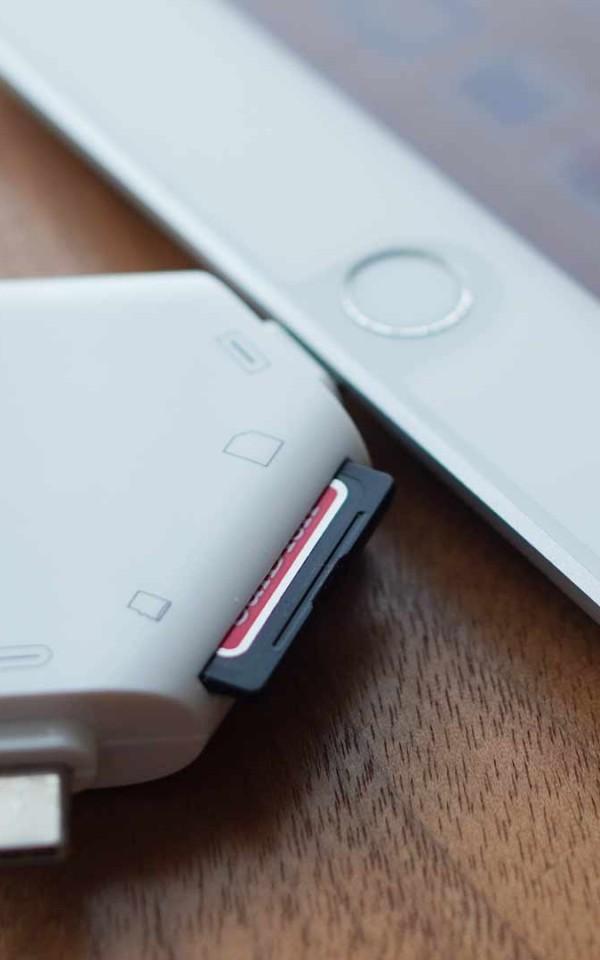 マルチカードリーダー,SDカード,USB,micro USB,Lightning,iPad